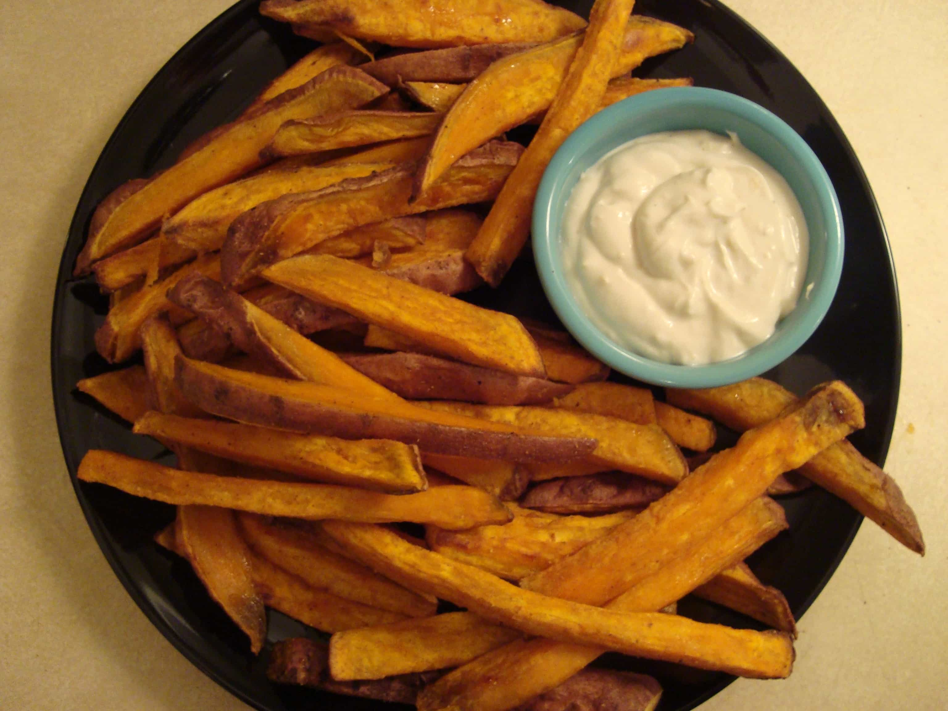 Cumin Sweet Potato Fries with Tahini Yogurt Dipping Sauce | Stephie ...