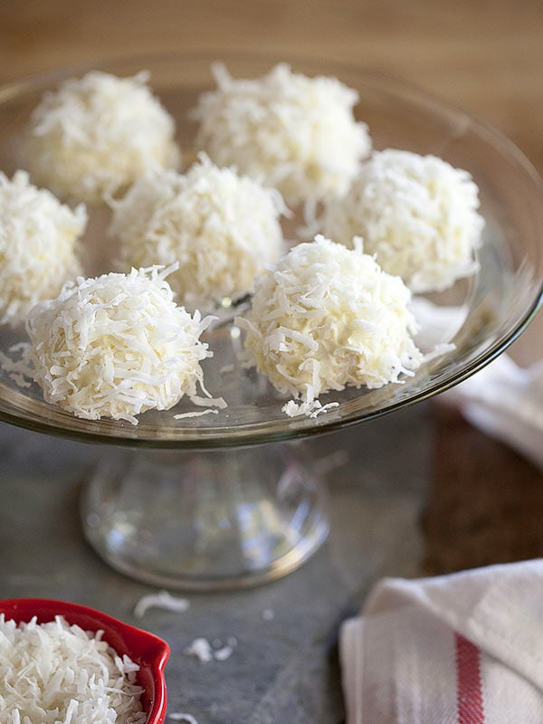foodiecrush snowball coookies